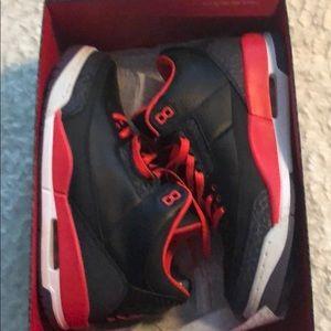 Men's Nike Air Jordon 3 Retro Sneakers